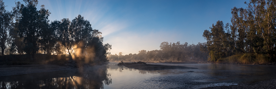 Panorama of the Murrumbidgee River at sunrise