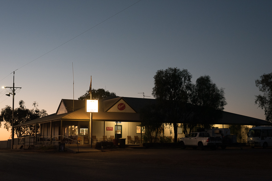 The Lyndhurst Hotel (pub) in the early morning light at the start of the Strzelecki Track